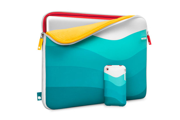 "Incase ""Bondi Beach"" 15"" MacBook Sleeve & Slider Case"