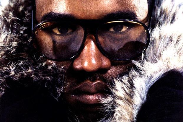 Kanye West featuring Dwele - Power
