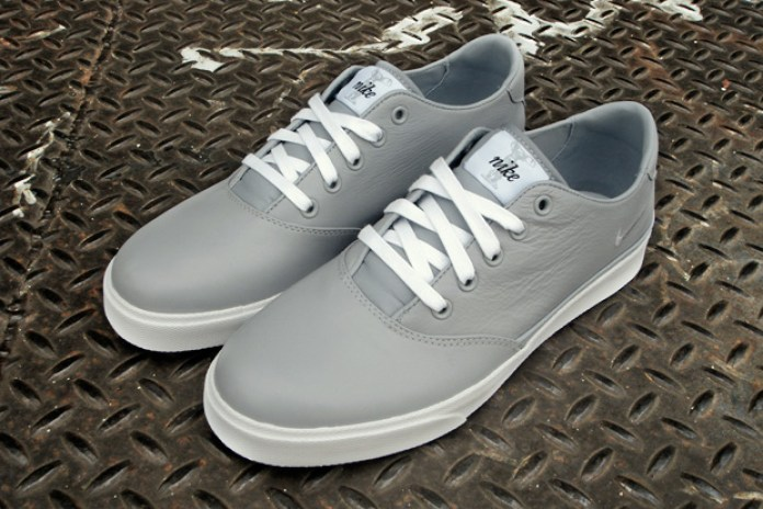 Nike Pepper Low Wolf Grey/White