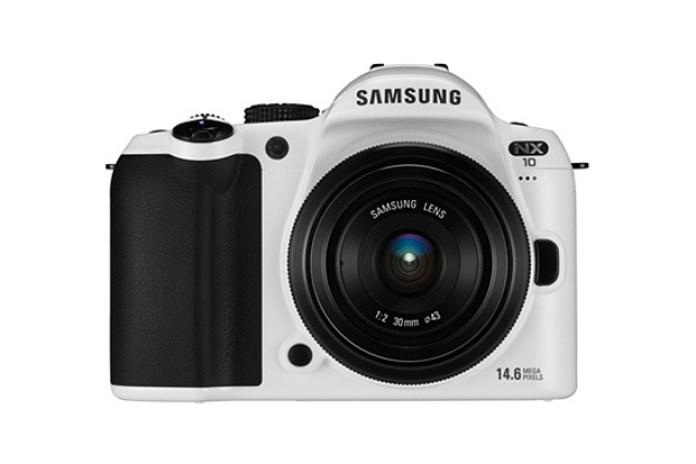 "Samsung NX10: Limited Edition ""White"" Digital Camera"