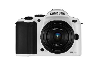 "Samsung NX10: Limited Edition ""White"" Digital Camera"