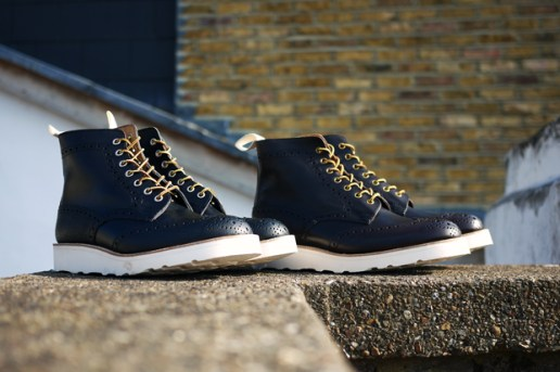 Tricker's for Present Two-Tone Boot