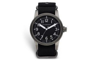 "Burberry ""Military Watch"""