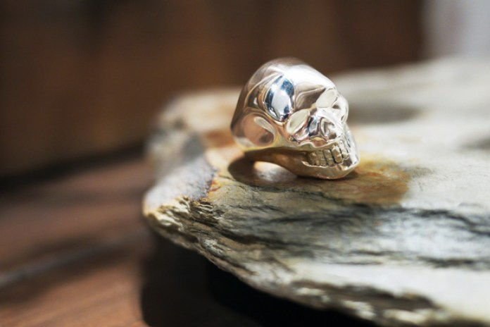 "Crazy Pig Designs ""Smooth Skull Ring"""