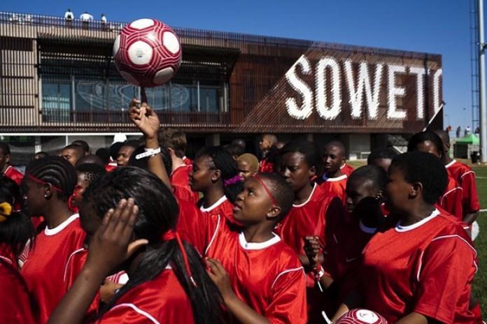 Dazed Digital: Soweto Soccer Style