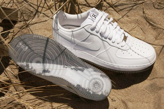 "Nike Air Force 1 ""Hamptons"""