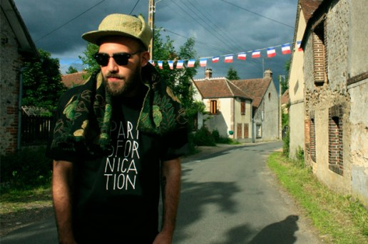 "Jimmy Whoo x NEUE ""PARISFORNICATION"" T-shirt"