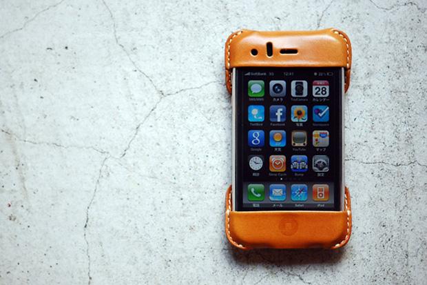 """Roberu iPhone Case """"Natural"""""""