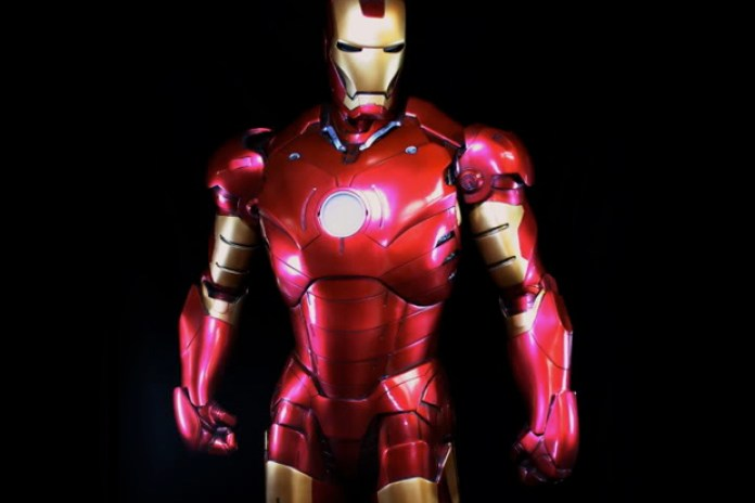 Sideshow Iron Man 1:2 Mark III Maquette Figure