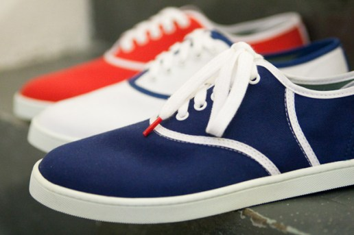 Twins for Peace Plimsoll