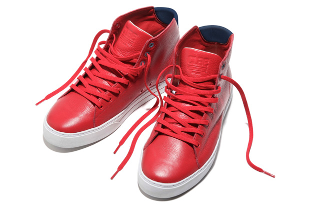 """CLAE 2010 Fall """"Baylor"""" Sneakers"""