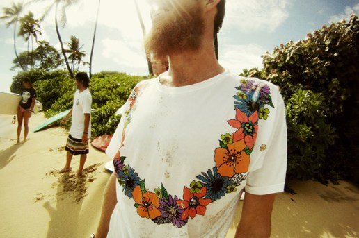 "Vans x In4mation ""Hawaii"" T-shirt Collection"