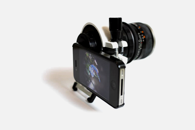 iPhone 4 with DSLR Lens