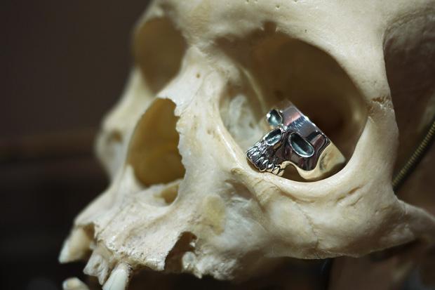 NEIGHBORHOOD x Crazy Pig Designs Skull Ring