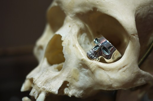 NEIGHBORHOOD x Crazy Pig Designs Skull Ring