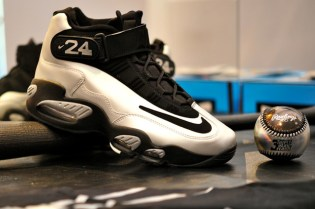 Nike Air Griffey Max 1 Platinum