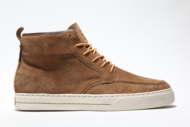CLAE 2010 Fall/Winter Jones