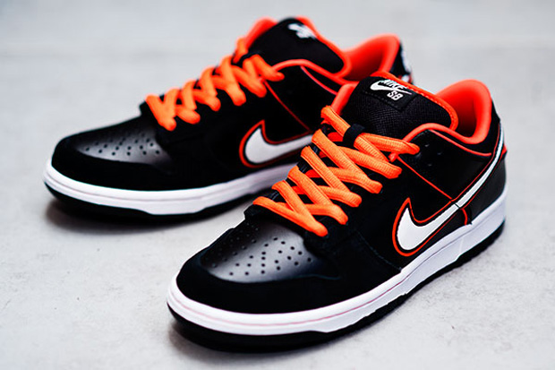 Nike SB 2010 Fall Dunk Low