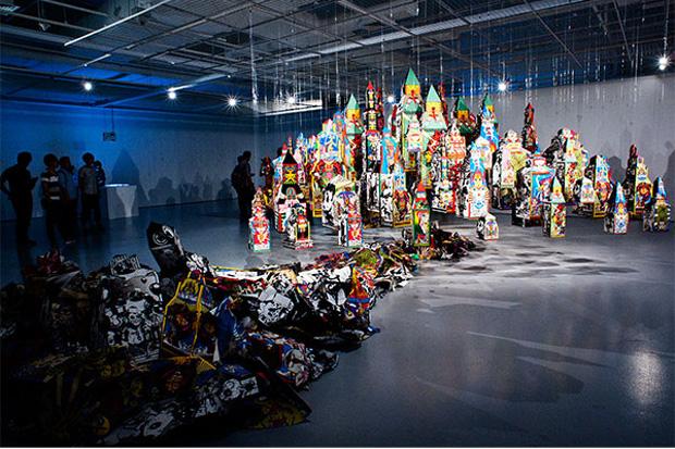 ":phunk studio and Keiichi Tanaami: ""Eccentric City – Rise and Fall"" Exhibition Recap"