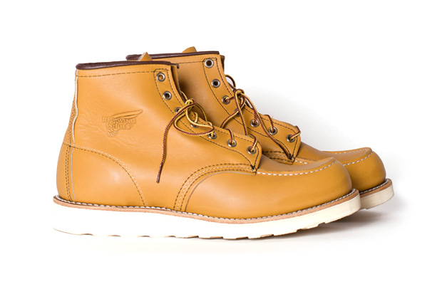 """Red Wing Classic Moc Toe """"Maize Mustang"""""""