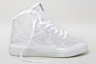 "Jeremy Scott x adidas Originals by Originals 2011 Spring/Summer JS Wings ""Clear"""