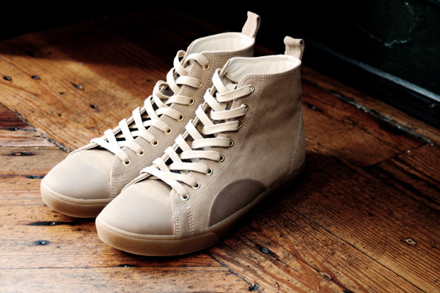 Generic Surplus 2010 Fall/Winter Footwear