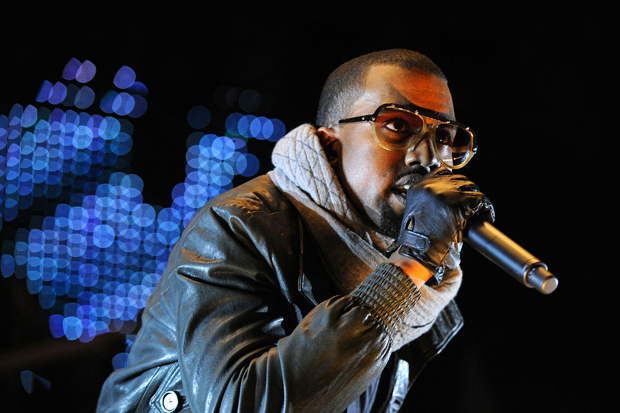 Kanye West – Touch It