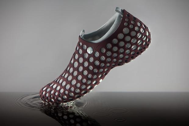 "Marc Newson x Nike Zvezdochka ""Transport"""