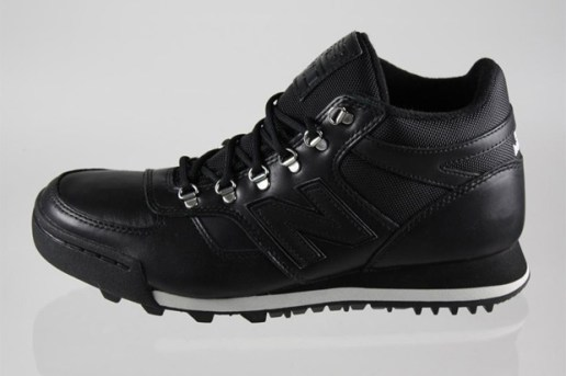 New Balance H710 Black Leather