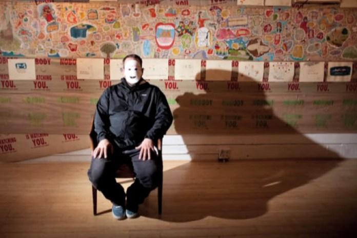 Porous Walker: Rest in Artistic Peace