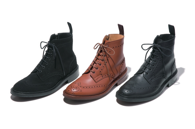 SOPHNET. x Tricker's Wing Tip Boots