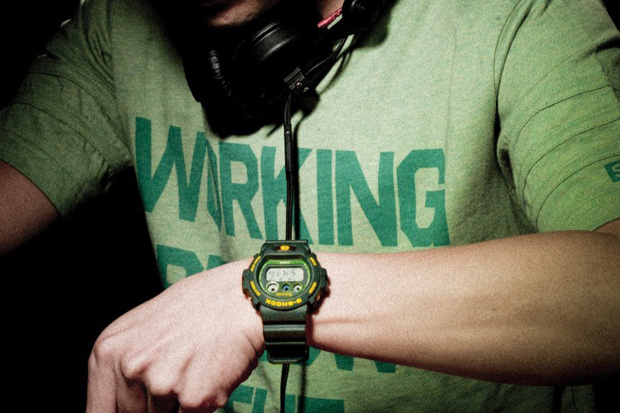"Subcrew x Casio G-SHOCK ""Sharkmarine"" DW-6900"