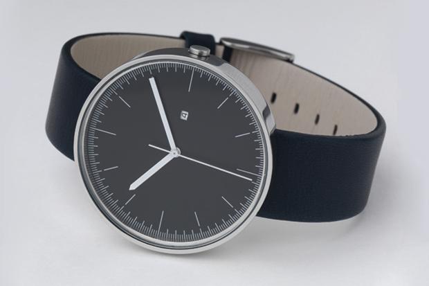 Uniform Wares 200 Series Calendar Wristwatch
