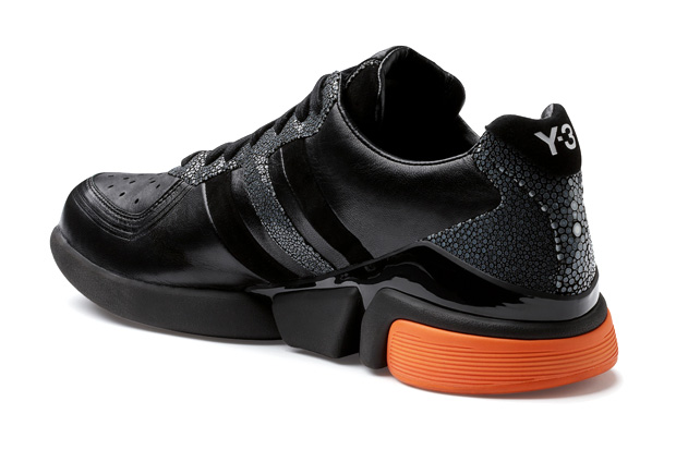 Y-3 MEGA TORSION