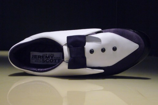 adidas Originals by Originals Jeremy Scott Arrow