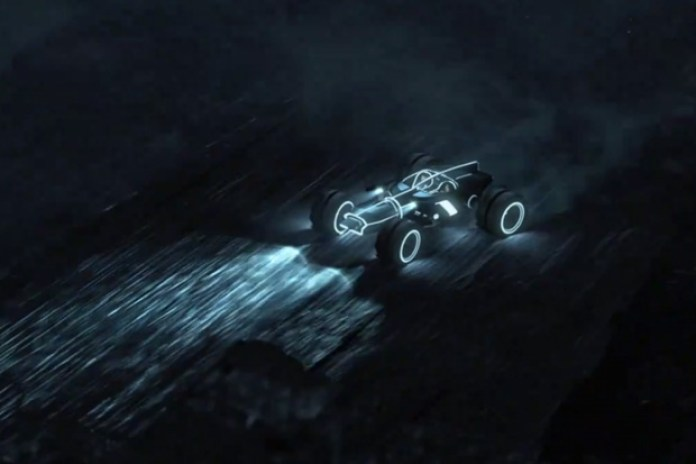 "TRON: LEGACY - ""Quorra Saves Sam"""