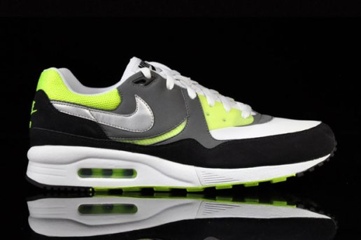 Nike 2010 Fall/Winter Air Max Light
