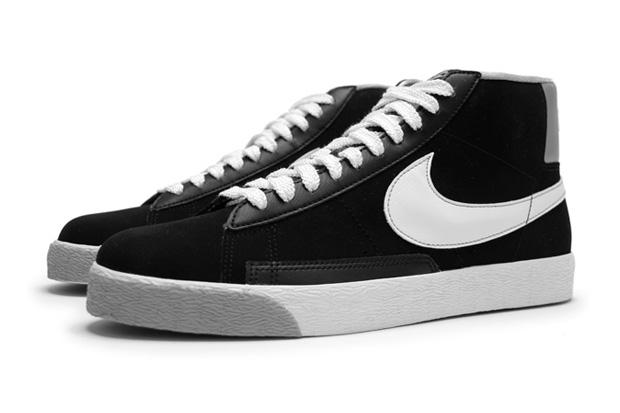 """Nike Sportswear 2010 Fall/Winter Blazer Hi """"Matte Silver"""""""