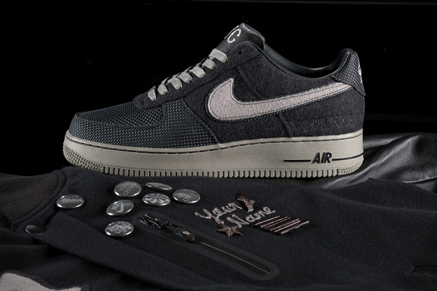 Nike Sportswear Air Force 1 Destroyer Black Pack