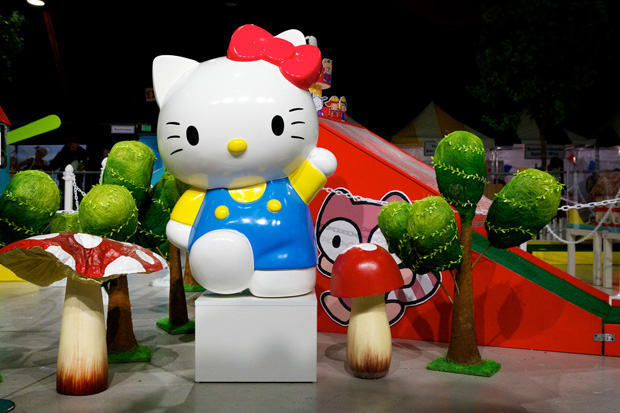"Sanrio ""Small Gift"" Opening Los Angeles"