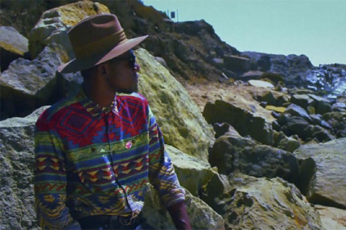 Theophilus London featuring Devonte Hynes & Solange Knowles – Flying Overseas