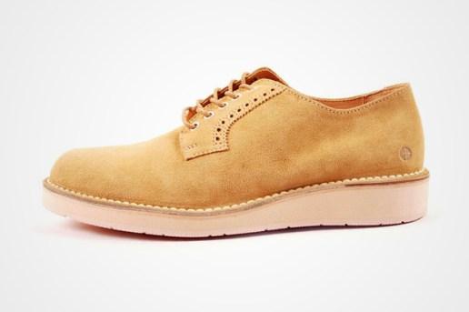 CAUSE Postman Shoe