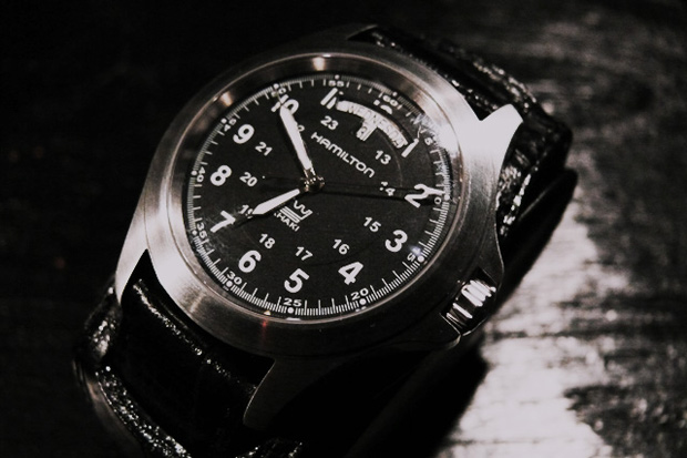 NEIGHBORHOOD x Hamilton Khaki King
