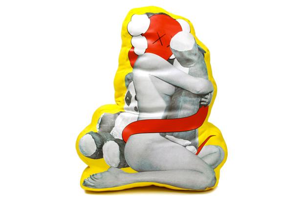 OriginalFake Plush Clash Cushion