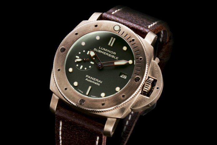 Panerai Bronze Luminor Sub PAM 382 Watch