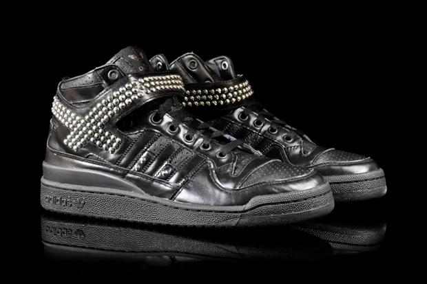 adidas Originals Forum Mid Studded