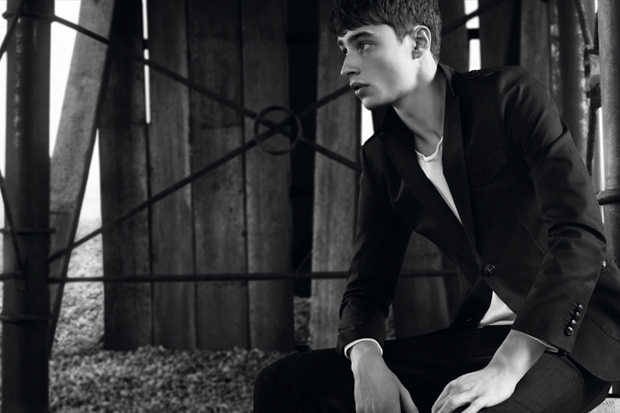 Burberry Black Label 2011 Spring/Summer Collection