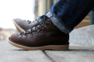 "Danner Stumptown Series Mountain Light ""Rugged Metro"""