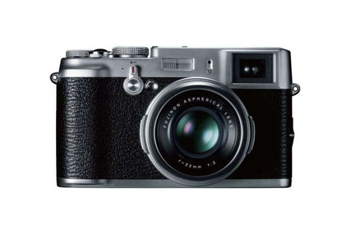 Fuji FinePix X100 vs Leica X1 Comparison Test
