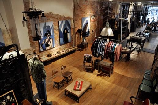 ĭn | tər | ĭm Thrift Boutique